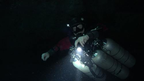 Side mount diving with Kris Harrison from Sirius Diving in Mexico.
